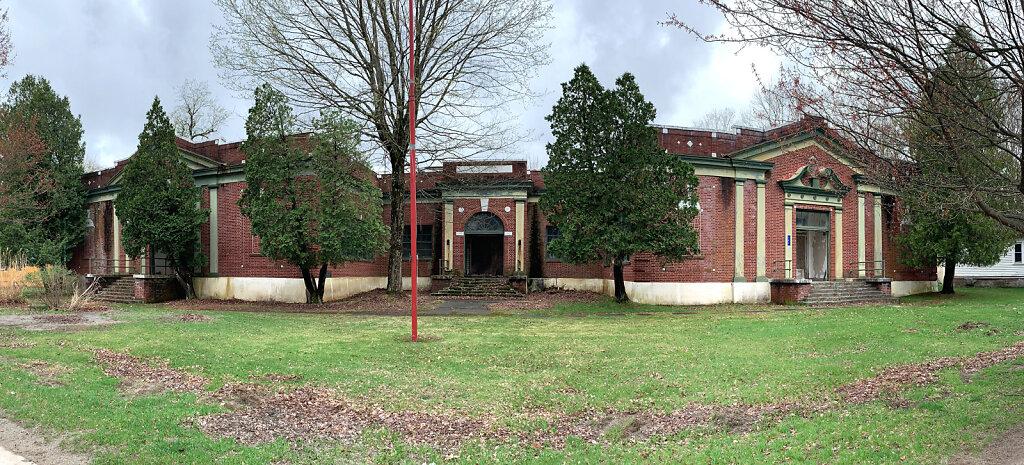 mountaindale-school.jpg